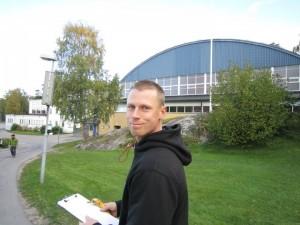 På väg till Bosöns träningsanläggning